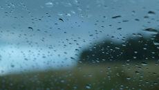Wybrzeże w deszczu. Włochy i Chorwacja też