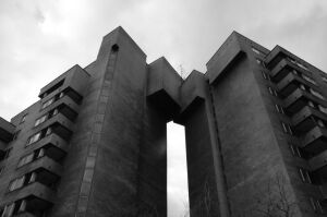 Sąd: Rosja ma oddać Polsce budynek przy Sobieskiego