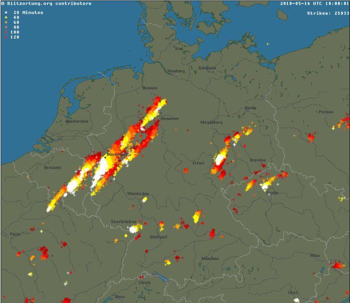 Burze w Niemczech z dnia 16.05 o godzinie 18.00 (blitzortung.com)